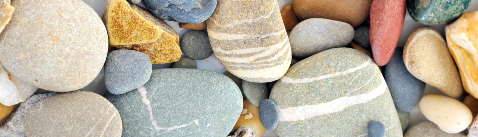 predaj kamenov a strkopieskov anteco okrasne kamene, stavebny material horna sec nitra levice kamenivo dekoracne kamene okrasne kamene naslapne kamene